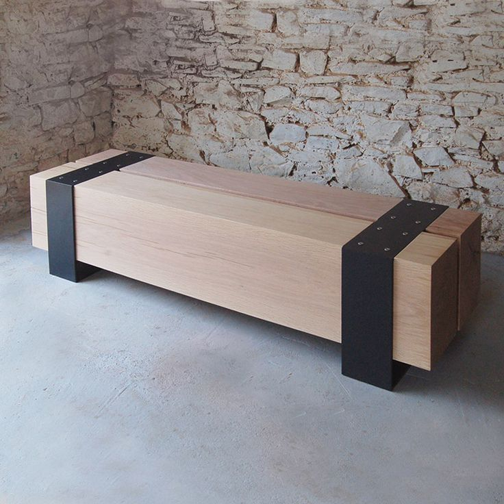 pacha design / reclaimed wood and steel bench