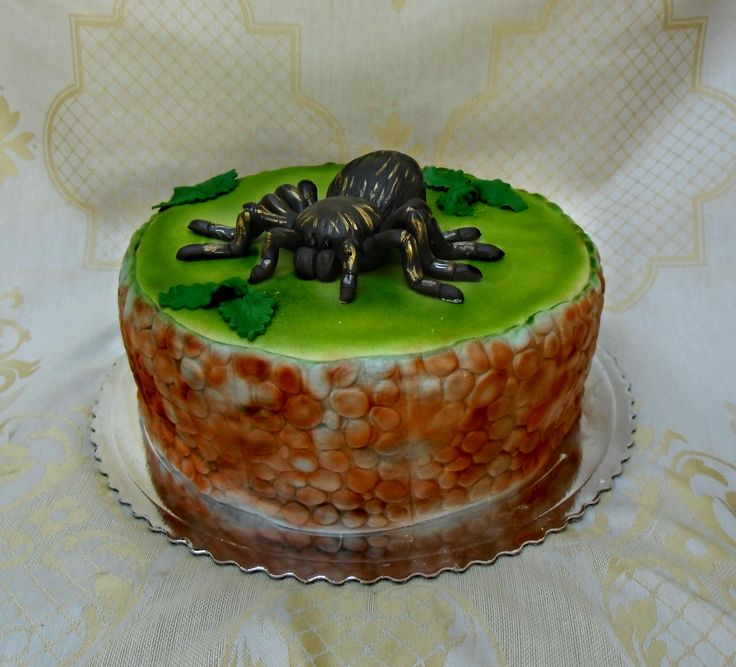 torta s tarantulou
