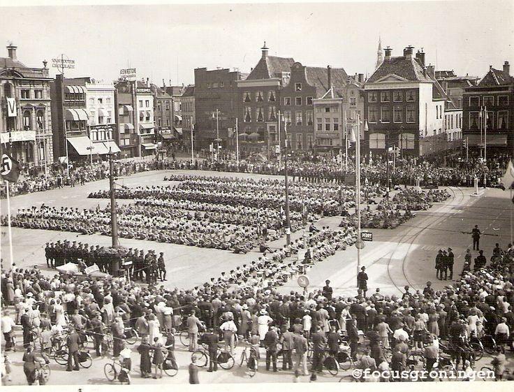 Groningen, marktplein, na de bevrijding