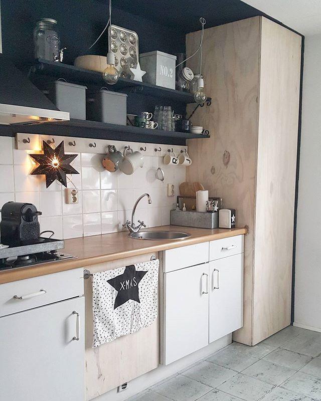 - KITCHEN - Clean...now doing the laundry no 3 of this morning...again&again..😓#kitchen#interior#interior4all#nordiskehjem#binnenkijken#hemma#interiordesign#myhome#homes#interiors#instahome#scandinavian#vintage#interiorandhome#kitchendesign#nordic#interiorstyling#interiör#homedesign#styling#interiores#whiteliving#industrial#inspiration#black#homesweethome#plywood#zeeman#industrieel#winter