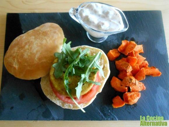 TODAS LAS RECETAS : Receta de hamburguesa de mijo con pan hindú, salsa...