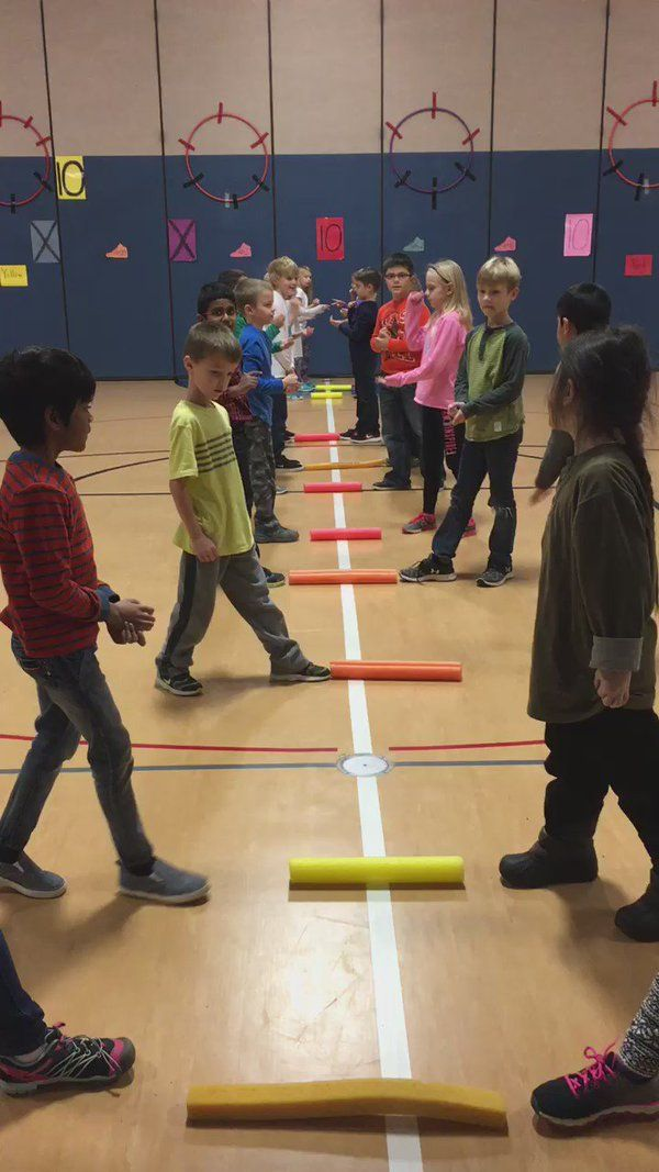 """Sheila Schultz op Twitter: """"Rock Paper Scissors - noodle tag 1v1 fitness warmup working on agility, changing directions, quick thinking and safe tagging! https://t.co/EP2pRzxZ1A"""""""