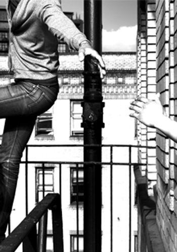 El branding de Bang! El proceso de extraer la marca de forma natural. Un fenómeno que se encarga de recoger todo el valor de una empresa, de sintetizarlo en un solo concepto, y de comunicarlo hacia el exterior. #branding #marketing #Bang! #Branding #empresa #consultoría #marcas #concepto #comunicación #soportes #posicionamiento #estrategia #diseño #mercado #público #objetivos #diferenciación #marca #knowhow #consumidores #implantación #logo