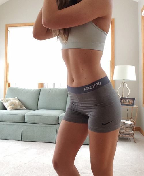 7 Lazy Girls Fitness Hacks To Stay Motivated & Get Fit -