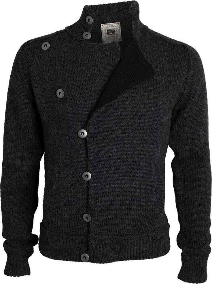 I've said it before and I'll say it again, the cardigan just doesn't get the respect it deserves anymore.