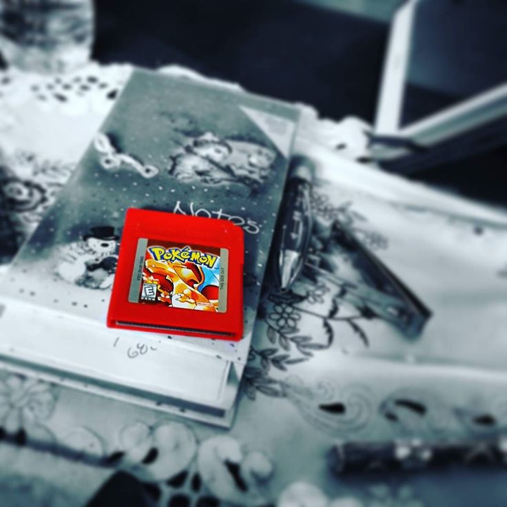 lapeiretta: Found a treasure! Tugged at my heartstrings a little. Oh how I miss the good ol' days... #pokemon #red #gameboy #nintendo #feels #nostalgia #90s #90skid #treasure #gameboy #microobbit