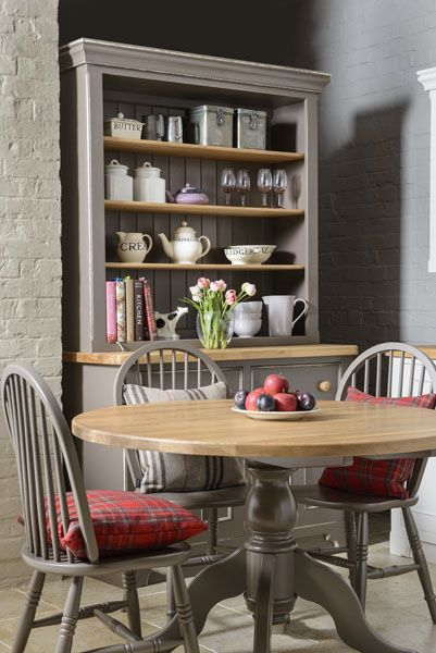 The Old Creamery Kitchen Table And Chairs