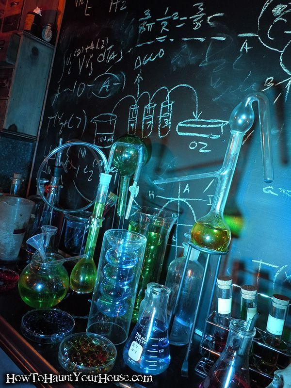 Mad Scientist Lab this is an amazing tablescape Fun Halloween - mad scientist halloween decorations
