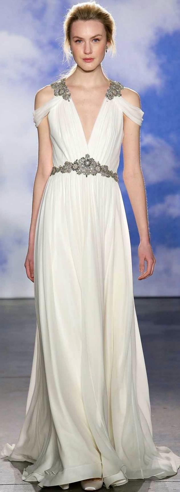 14 absolutely stunning wedding dresses with sleeves for Grecian wedding dress with sleeves