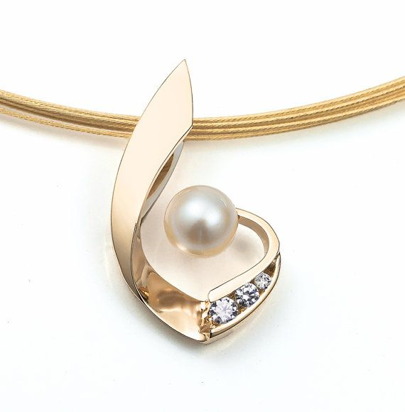 14k gold, cultured pearl and diamond pendant designed by David Worcester for VerbenaPlaceJewelry.Etsy.com