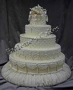 wedding cakes on pinterest chocolate roses cakes and wedding cakes