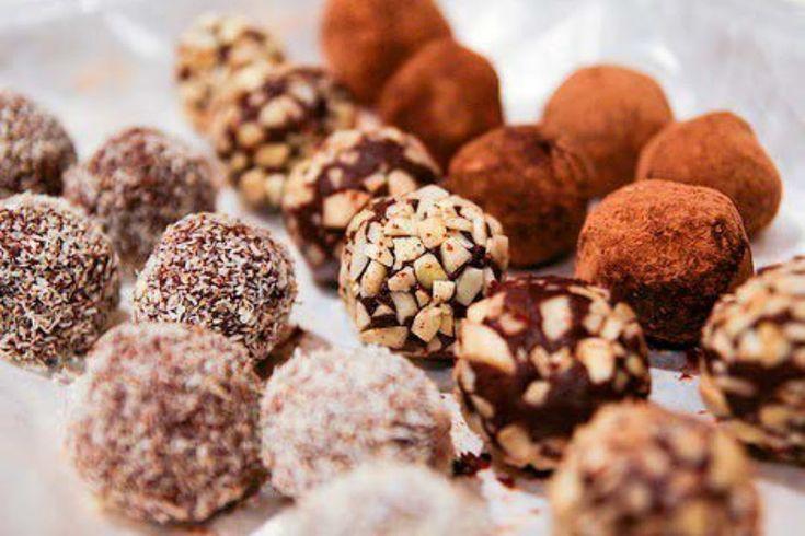 POSTRE FACIL: BOLITAS DE COCO Y CHOCOLATE