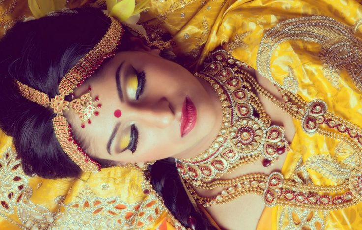 www.amouraffairs.in Indian Bride Lehenga gold border zari zardozi wedding, bridal, bride, lehenga, gorgeous, elaborate, wow, pink, golden details, hairstyle, pretty Beautiful South Asian Brides : Photo