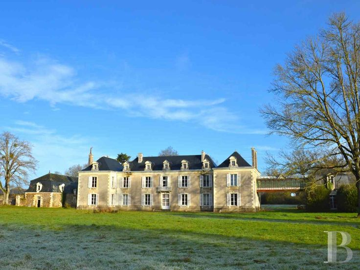 25 best ideas about chateau a vendre on pinterest for Agence immobiliere chateau du loir