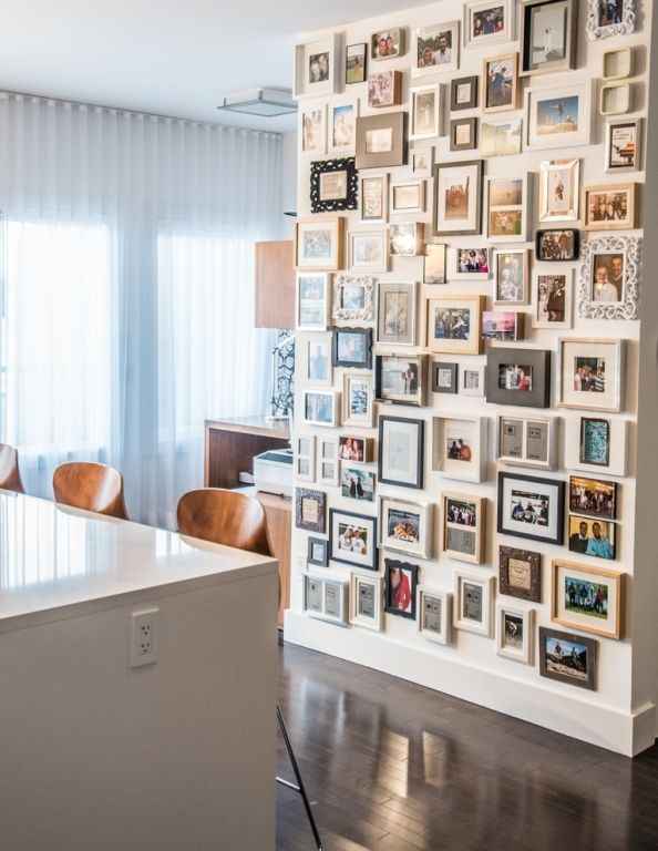 Instead of bunkering your favorite photos by the thousands on the calculator, you could also beautify a wall and turn your home into a small art gallery. Stilpalast presents 25 stylish examples and original ideas from Gallery Walls.