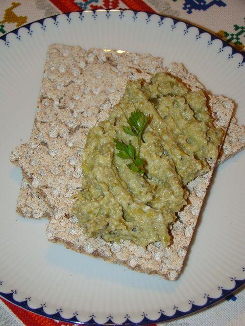 Cristina's world: Pasta aperitiv de fasole verde