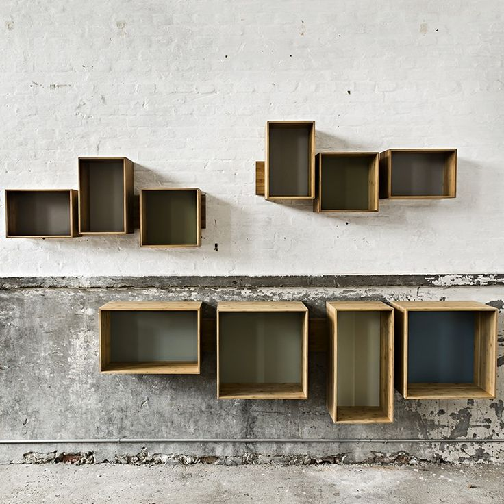 The SJ Bookcase system redefines the concept of the traditional bookcase.