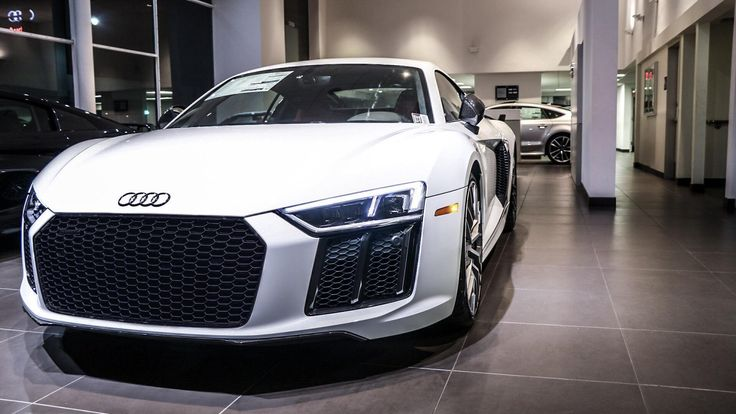 (Updated with black grill) '17 ibis white audi r8 #Audi #cars #car #quattro