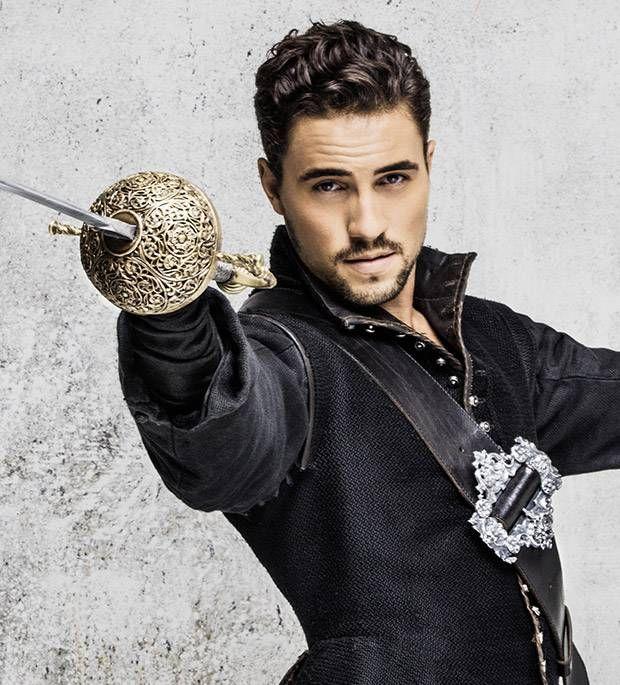 Olivier Dion alias d'Artagnant dans les 3 mousquetaires
