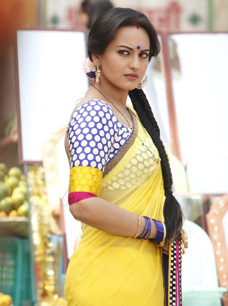 Hot saree sinha sonakshi