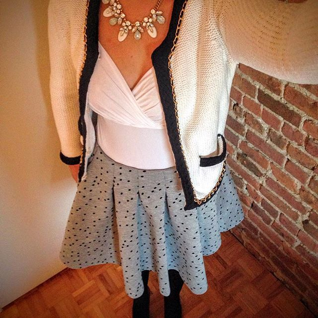 First day @ work of the year, finding motivation with my new @Maje skirt, #ootd #workoutfit #outfitoftheday