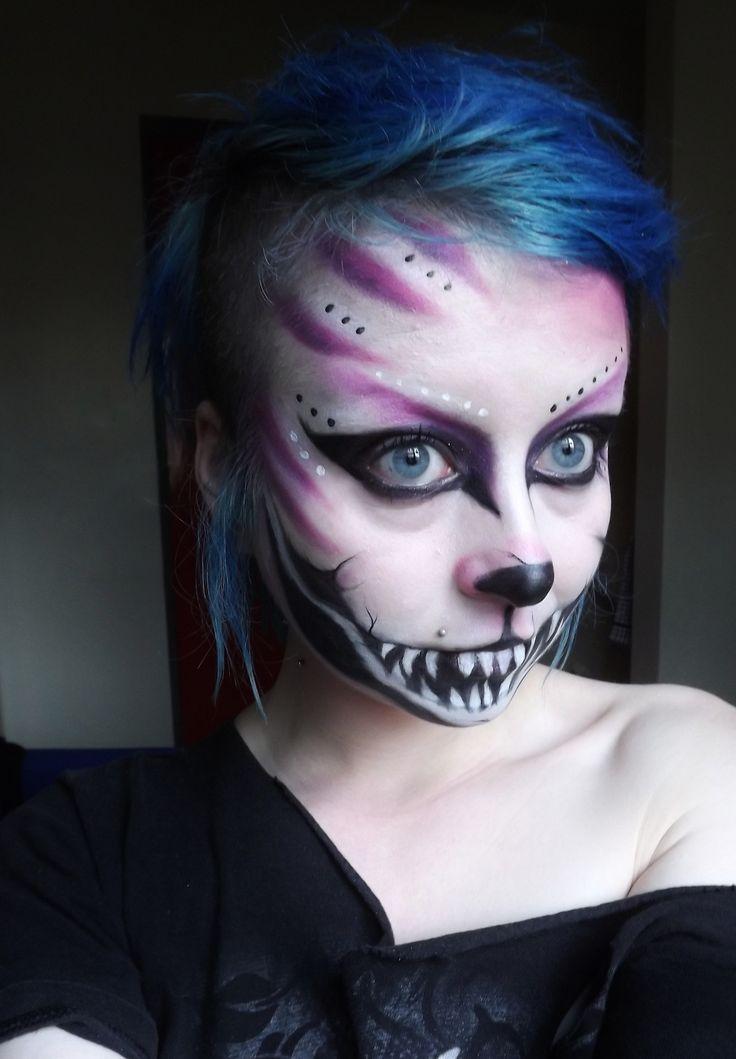 cheshire cat makeup........  http://HalloweenMarketplace.com/halloween-makeup