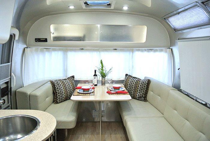 Elite RV Vacations- Airstream Rental 27' International Signature