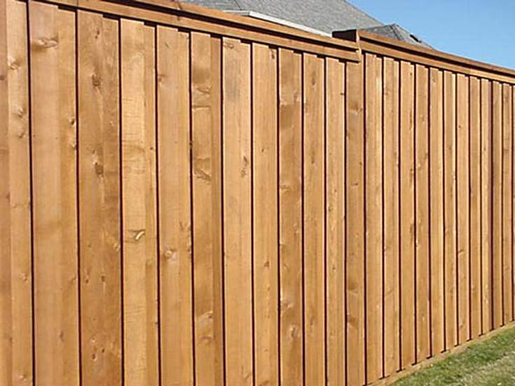 Best 25 wood privacy fence ideas on pinterest privacy for Cheap tall privacy fence