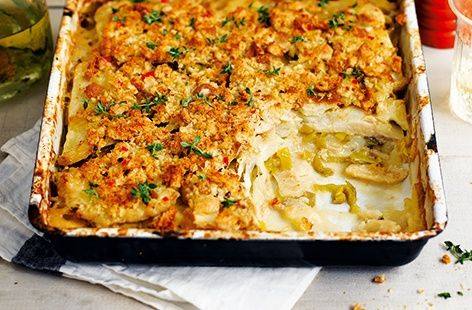 With celeriac, leek and aromatic thyme, this healthy vegetarian recipe is perfect for any night of the week. Find more celeriac recipes at Tesco Real Food.