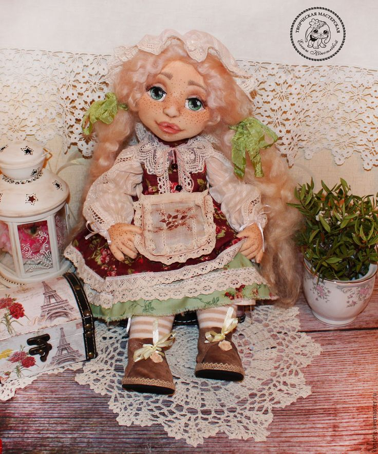 Купить Кукла Катарина текстильная интерьерная с объемным личиком - подарок девушке, подарок коллеге, коралловый