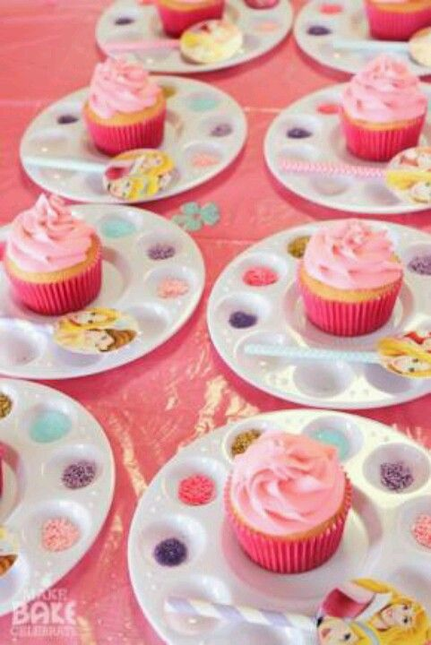 ●•‿✿⁀Party Plan‿✿⁀•● ~~Decorate your own cupcake - love the idea of using a paint tray!