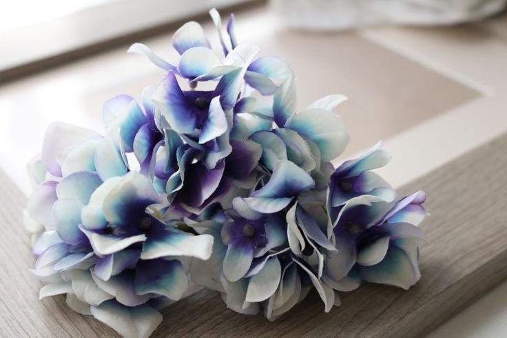 あじさいのヘッドドレス サムシングブルー http://www.fleuriste-glycine.jp/
