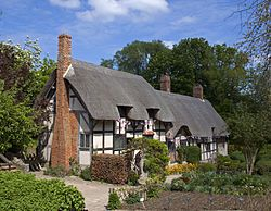 Tudor architecture - Wikipedia, the free encyclopedia Ann Hathaways Cottage The houses and buildings of ordinary people were typically timber framed. The frame was usually filled with wattle and daub but occasionally with brick. These houses were also slower to adopt the latest trends, and the great hall continued to prevail.
