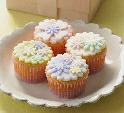 デコレーションカップケーキ