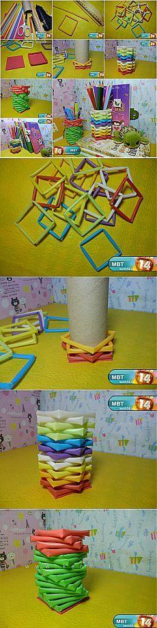 Как DIY держатель для  карандашей из питьевой соломинки и бобины от  туалетная бумага  iCreativeIdeas.com