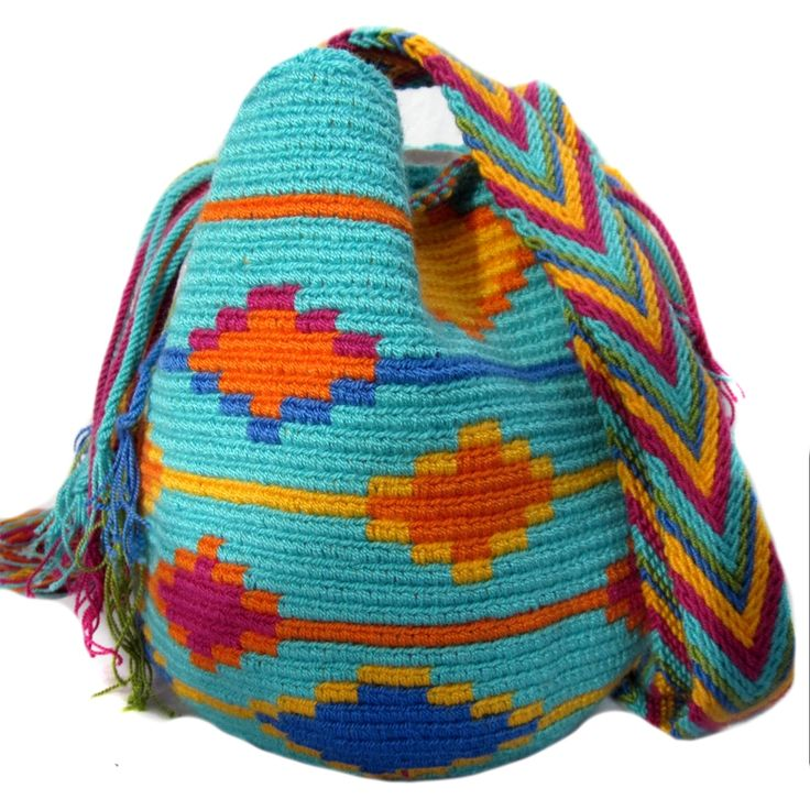FREE SHIPPING | Handmade and Fair Trade Wayuu Mochila Bags – LOMBIA & CO. | www.LombiaAndCo.com