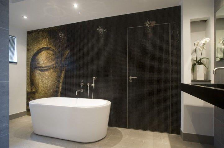 25 beste idee n over badkamer tegels ontwerpen op pinterest tegelvloer keuken tegelvloer en - Lichtgrijze gang ...