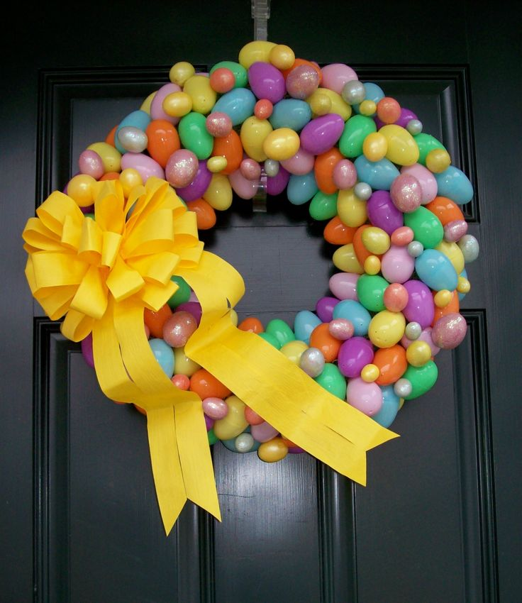 Easter Wreath - plastic eggs, wreath, hot glue & ribbon...so easy & pretty!