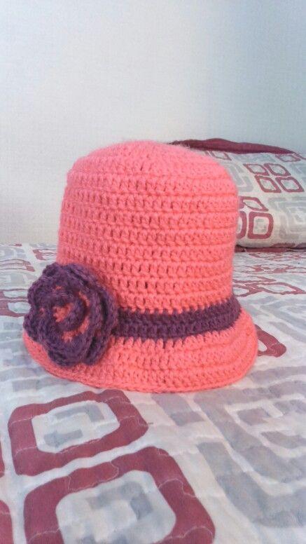 Sombrero tejido a crochet