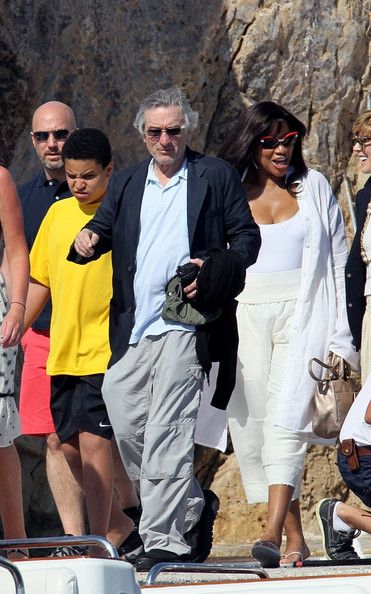 Robert De Niro Family | Grace+Hightower+Robert+De+Niro+Family+France+nJoIHKq-FwIl.jpg