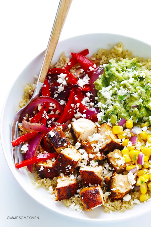 Chicken Quinoa Burrito Bowls -- easy to make, naturally gluten-free, and even tastier than the restaurant version! | gimmesomeoven.com