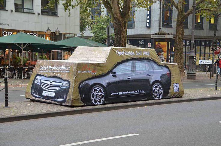 Eine Guerillamarketing Aktion für die Autozentrum West Gruppe in Köln anlässlich der Premiere des neuen Opel Insignia. Agentur Adsolution