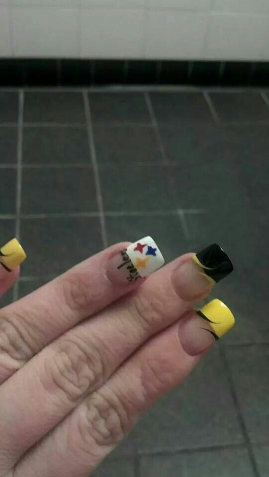 Steelers manicure