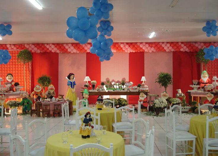 Southern Blue Celebrations: Snow White Party Ideas