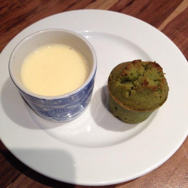 Le soup & co et la creme anglaise J'ai optimisé ma recette de crème anglaise avec mon soup and co et voici le résultat : Ingrédients crème anglaise : 50 cl de lait, 4 jaunes d'oeufs, 50 gr de sucre et & 1 gousse de vanille Crème anglaise : Bien mélanger...