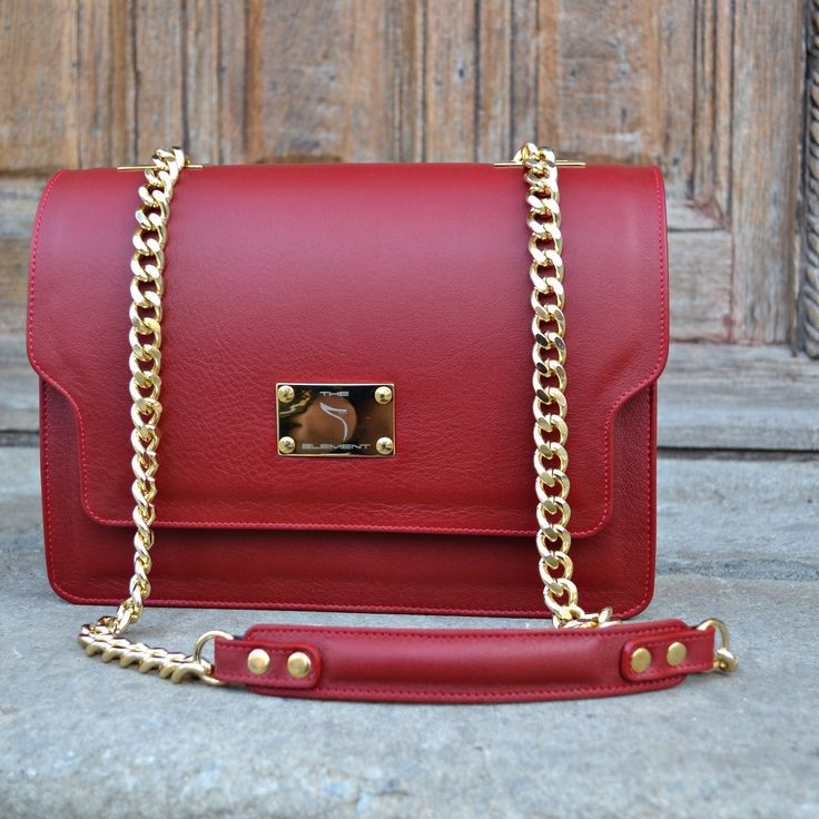 #red #love #shoulder #bag #the5thelementbags #rosettishowroom #streetstyle #fallwinter