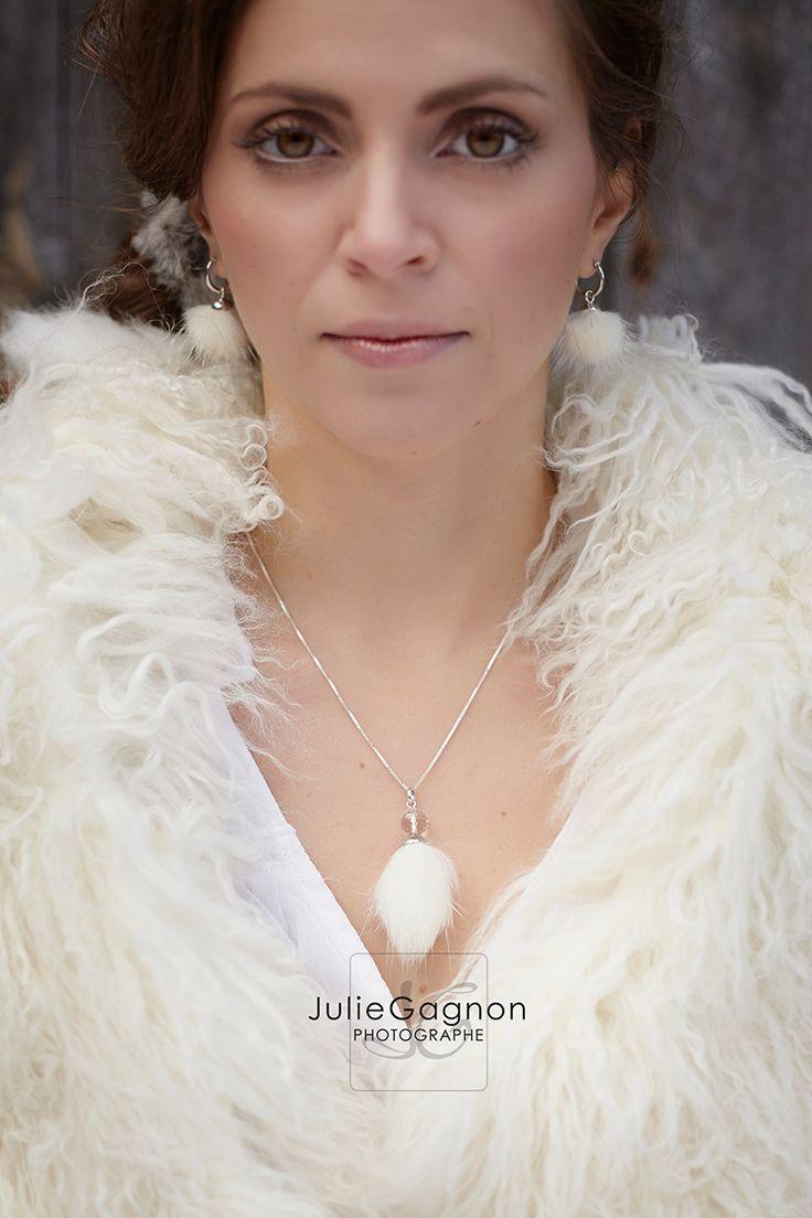Shooting mode pour bijoux Younik réalisé par Julie Gagnon Photographe de la région de Québec/ Jewelry photograpy by Julie Gagnon Photographer in Quebec City