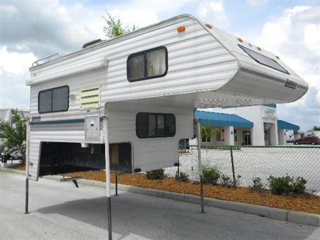 Used 1998 Lance SQUIRE LITE Truck Camper For Sale In Bartow, FL - DCW607983AA - Camping World