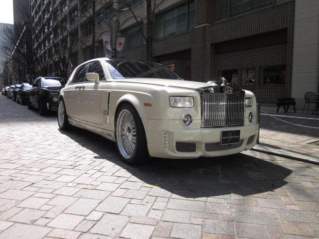 17 best ideas about rolls royse on pinterest rolls royce rolls royce wraith and rolls royce. Black Bedroom Furniture Sets. Home Design Ideas