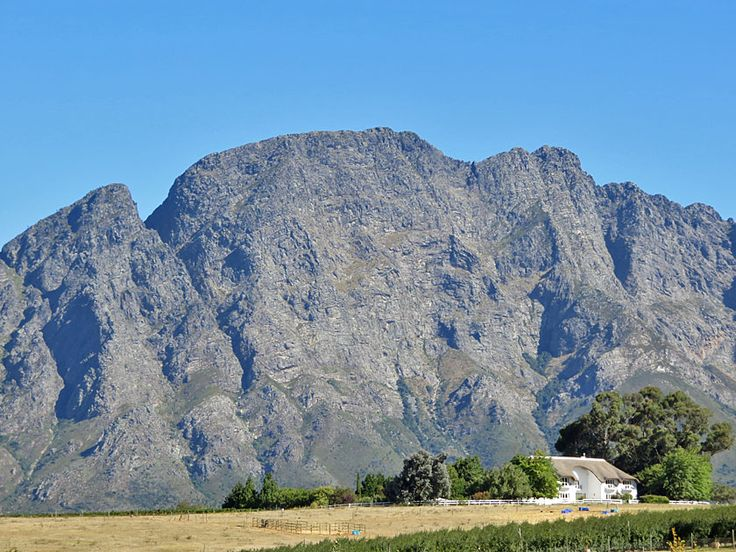 Franschhoek - The mountains tower above everything else.